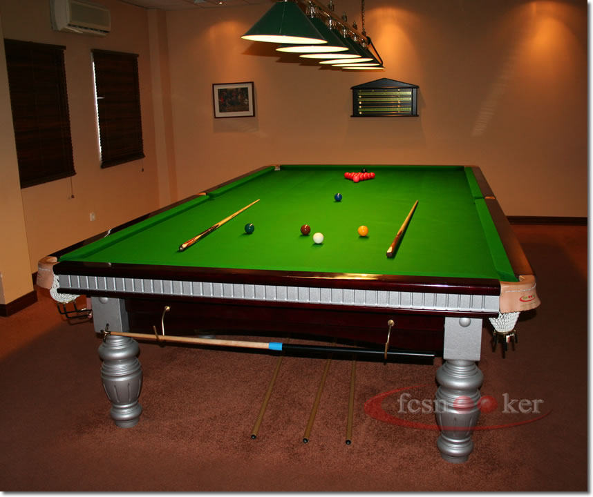 fcsnooker presents the elite in mahogany with silver trim